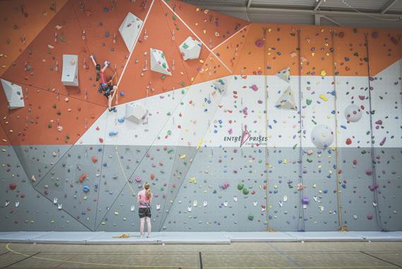 Murs d'escalade - Murs intérieurs et extérieurs - Photo 1