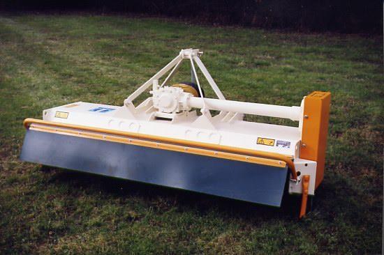 Tondeuse-broyeuse spécial tracteurs de pente - Photo 1