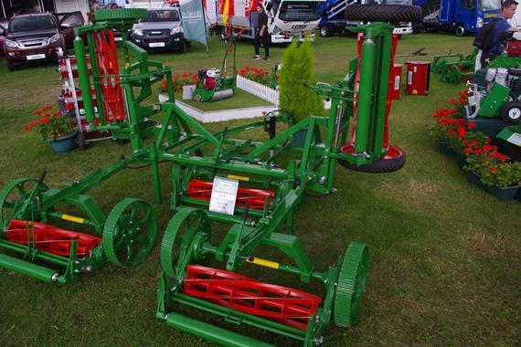 Tondeuses hélicoïdales - Tondeuse adaptable sur tracteurs - Photo 1