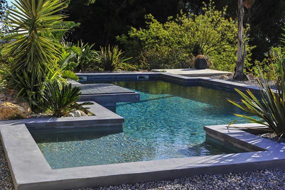 Panneaux de coffrage pour piscines - Photo