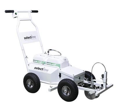 Machine de traçage pour terrains de sport en herbe - Photo 1