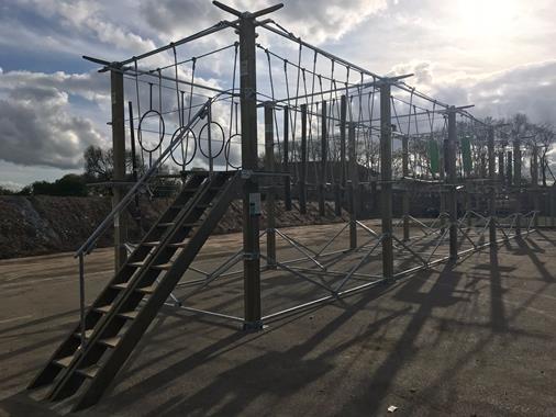 Parcours acrobatique en hauteur - Photo