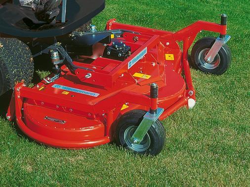 Tondeuses adaptables sur tracteurs - Tondeuse autoportée à pdf frontal - Photo 1
