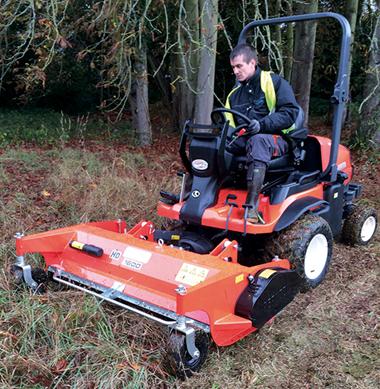 Débroussailleuse adaptable sur tracteurs à bout de bras - Photo 1